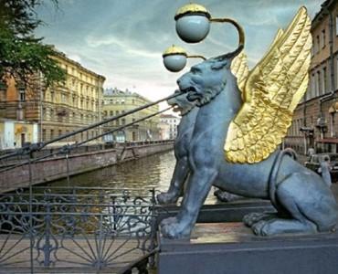 Visite Balade commentée des Ponts et Canaux de  St-Pétersbourg
