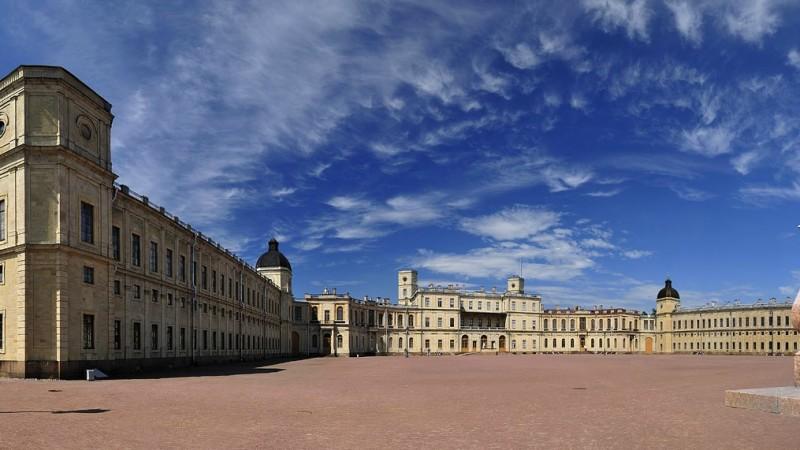 Saint-Pétersbourg  1