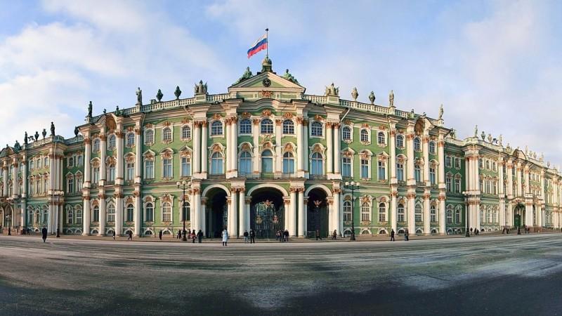 Saint-Pétersbourg  8